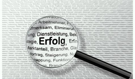 Schlagwortsuche nach Formularen © Bild von Jörg Buntrock auf Pixabay