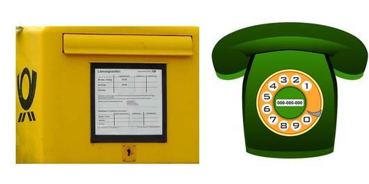 Briefkasten und Telefon