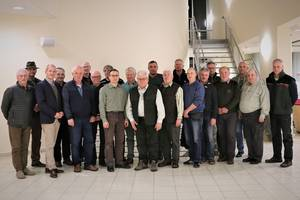 Vertreter aus aus den Bereichen Jagd, Forst und Naturschutz übernehmen die Aufgabe Jägerprüfungen