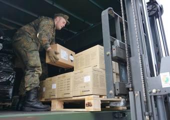 lieferung schutzausrüstung ftz 22 © Pressestelle LK Stendal