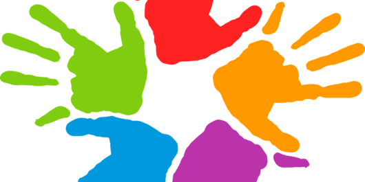 fünf bunte Handabdrücke