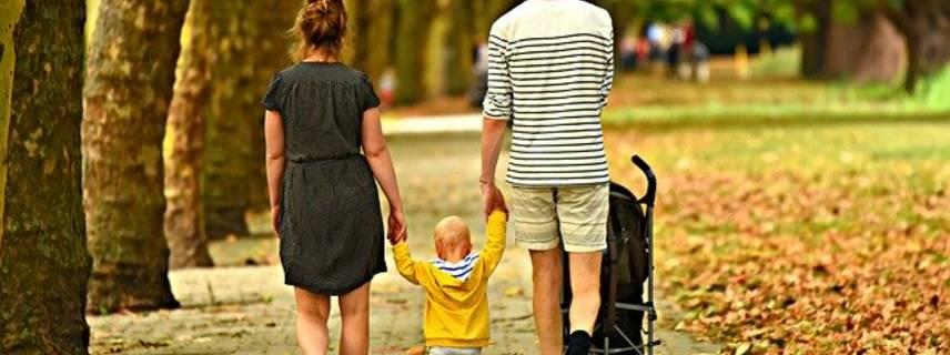 familie ©Bild von Just killing time auf Pixabay